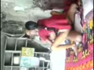 Kampung unsatisfied gadis trying berpengalaman zakar/batang