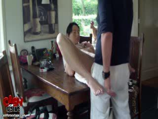 Büyük akrobatik seks cums üzerinde the puss