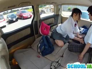 Nhật bản nư sinh banged trong một parking rất nhiều