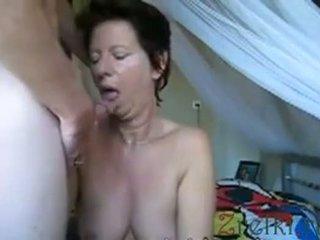 Facefuck vyzreté mama manželka