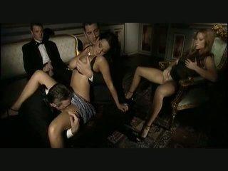 fajčenie, skupinový sex, milfs