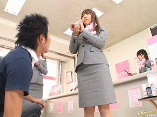 Jepang av model pantat meraba