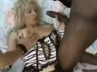 Analinis ir dp už krūtinga prancūziškas milf, nemokamai porno 4a