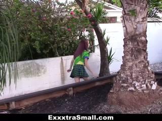 Exxxtrasmall - apró lány scout szar által hatalmas fasz