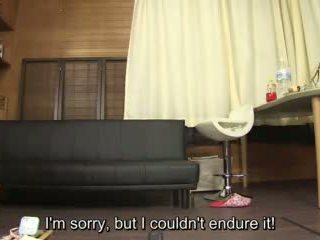 Subtitled akrobatik kuliste pee desperation failure içinde kaza