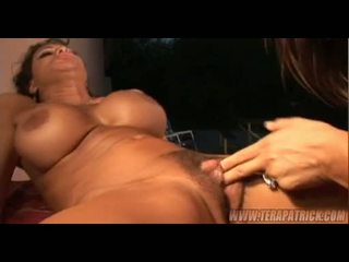 Concupiscent milfs michelle nolikt un teri weigel having mežonīga lesbiete sekss