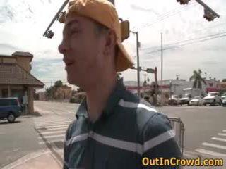 Homosexual jonge homo sucks op de straat en neuken op de publiek biffys 1 door outincrowd