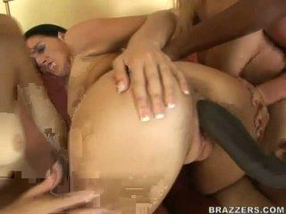 Sexy bitches delen massief zwart boner