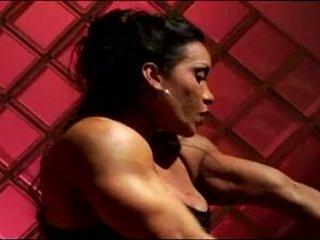 Female bodybuilder masturbates