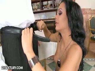 hardcore sex, piercings, котенце облизване