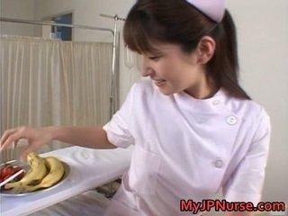 Ann nanba bello asiatico pupa licks
