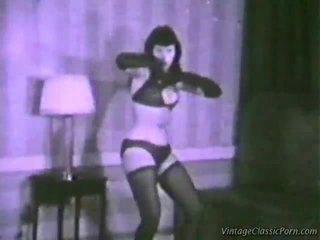 Wintaž erotic dancer