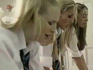 Lesbo brittiläinen schoolgirls ja opettaja