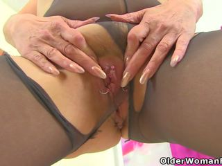English gilf pandora fucks dela pantyhosed cona com um