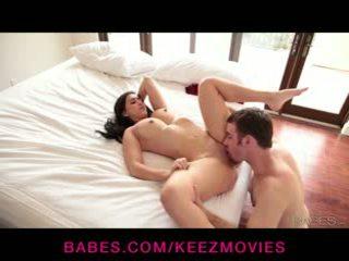 Valerie kay - valerie gets laid uz leju un penetrated līdz viņai labi hung bf