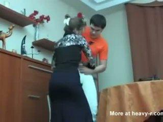 רוסי אנמא נתפס שלה בן masterbating