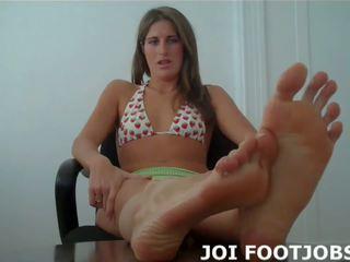 i רוצה ל שירות שלך זין עם שלי רגליים ב גרביוני נשים