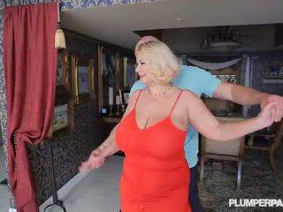 Krūtainas palaistuve mammīte samantha 38g fucks koledža dance instructor