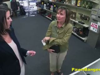 Cheeky shop owner bangs customer's amjagaz
