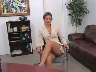 10, boss, secretary