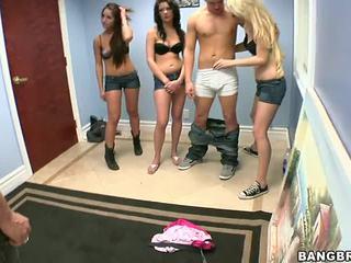 3 guys viens meitene porno