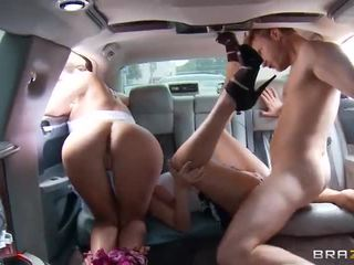 Phoenix Marie, Diamond Kitty - public fucking in the stretch limo