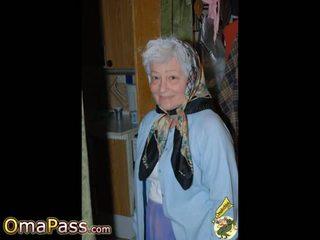 Omapass panas nenek menunjukkan beliau basah faraj: percuma lucah 11
