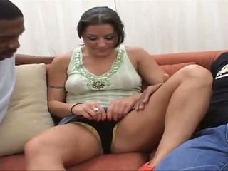 Arianna en 2 énorme monstre cocks derrière baise et abus