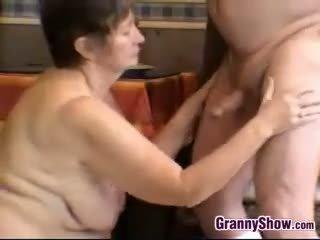 শ্যামাঙ্গিনী, বিগ boobs, বৃদ্ধা