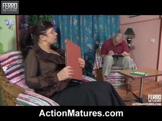 Action matures ketika all over christina, marcus, ophelia