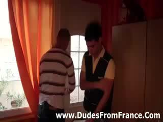 Gej francozinje dudes izpolnjujejo in suck tič