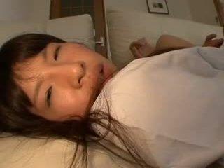 Virgin shiori piégé en première sexe