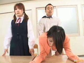 Αφεντικό bangs του γραμματέας