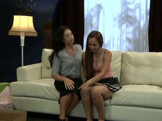 Lesbian sofia cruz și joey ambrosiano