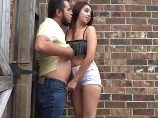 Loca novia gives mamada en alley - lexi aaane
