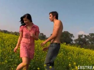 Delighful sex at the flower fields