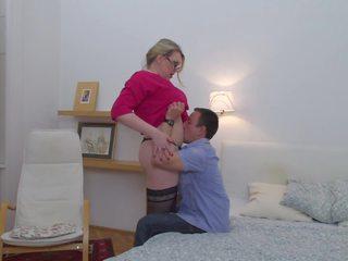 Strict mutter fucks sie jung lover, kostenlos porno f2