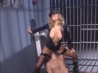 Female agent seduces an inmate
