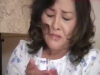 Japanesebbw küpsemad ema ja ei tema poeg