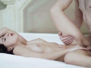 I ngushtë gal allie jordan nailed në the krevat