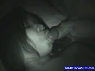 ใหญ่ คนโง่ ผู้หญิงผิวดำ การนอนหลับ เซ็กส์หมู่ 3 คน