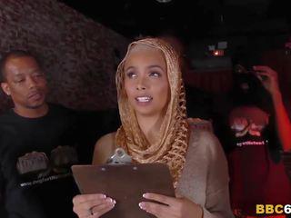 Arab flittchen aaliyah hadid enjoys anal gangbang: kostenlos porno fe