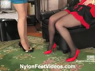 Ninon und agatha fies strümpfe füße film aktion