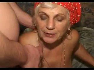 Бабичка loves хуй: бабичка хуй порно видео fa
