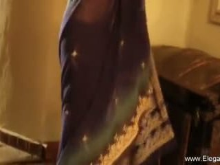 Dancing Milf From Exotic Asia