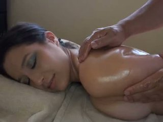 Asiática massages branca gaja