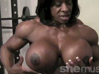 Noire female muscle