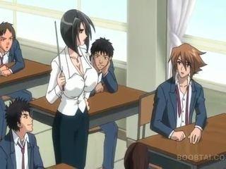 Bossy hentai kalė nailing jos slurping pyzda į viešumas