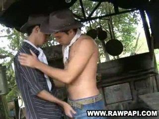 Sexig latin hunk wild en hole homosexual fan