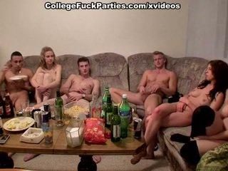 Ceko students staged an pesta seks at the katelu